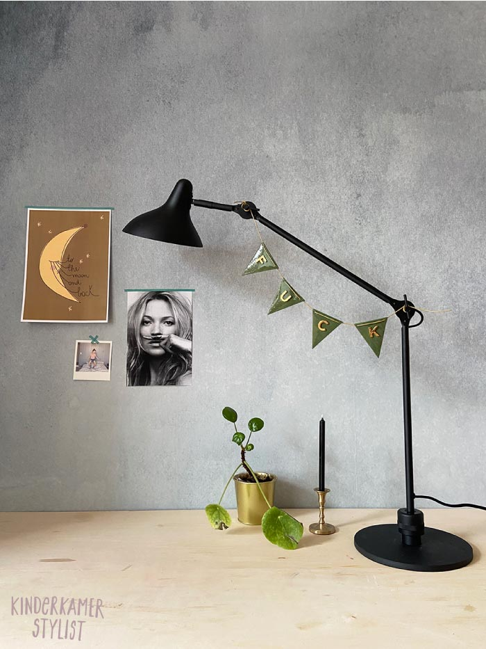 Tienerkamer lamp