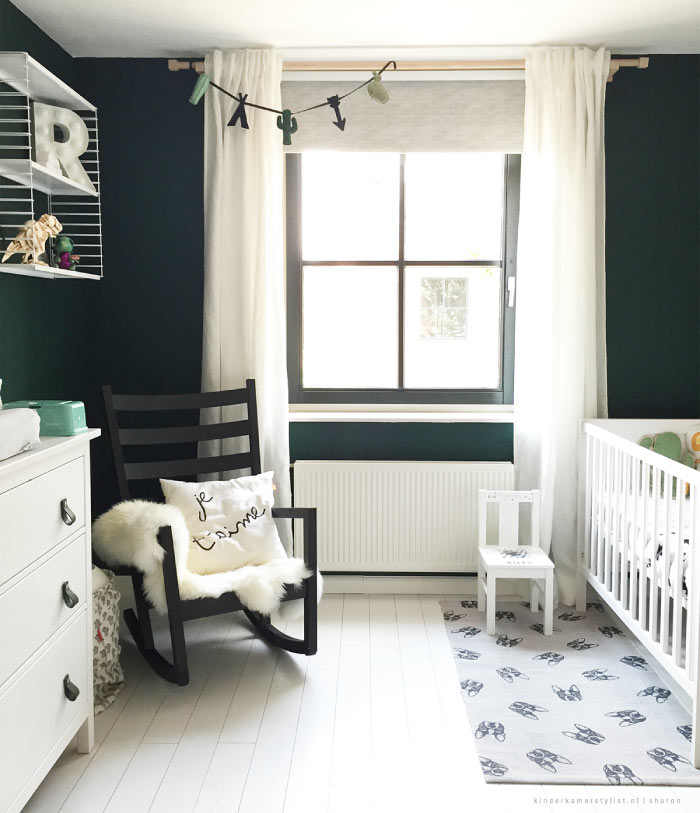 https://www.kinderkamerstylist.nl/sites/default/files/Babykamer-groen-kinderkamerstylist.nl_.jpg