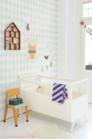 Babykamer neutraal behang babykamer trend pijlen minime slaapkamer meubels almere ideeen - Trend schilderij slaapkamer ...