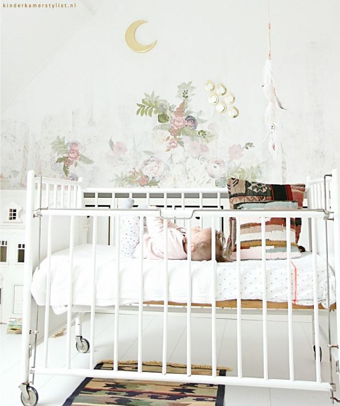 Zelf behang maken meidenkamer  Kinderkamerstylist