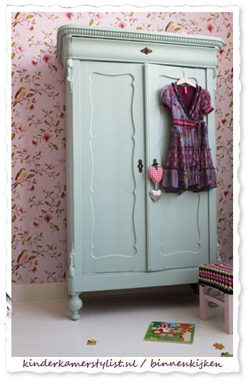 Kledingkast Voor Meisjeskamer.Brocante Kinderkamerstylist