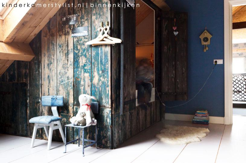 Jongenskamer kinderkamerstylist - Blauwe en grijze jongens kamer ...