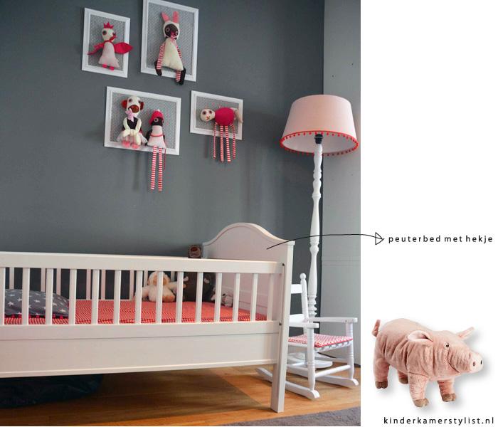 Peuterbed opmaken kinderkamerstylist for Muurdecoratie babykamer
