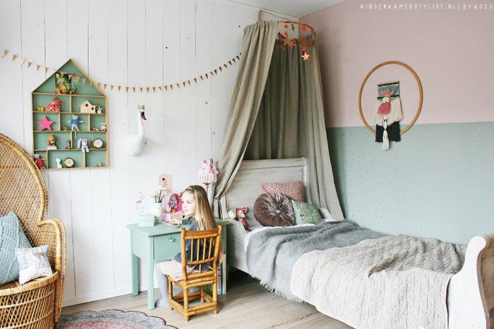 Muur Van Houten Planken.Planken Wand Kinderkamer Kinderkamerstylist