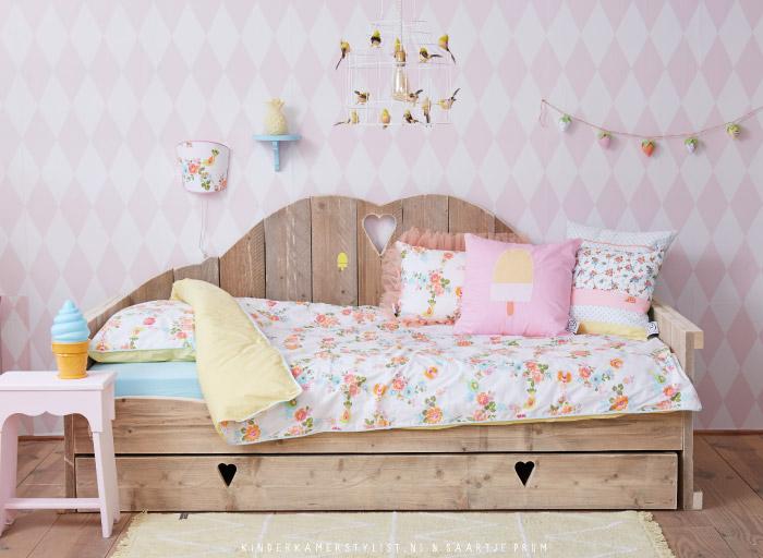 Behang kinderkamerstylist - Kleur van slaapkamer meisje ...