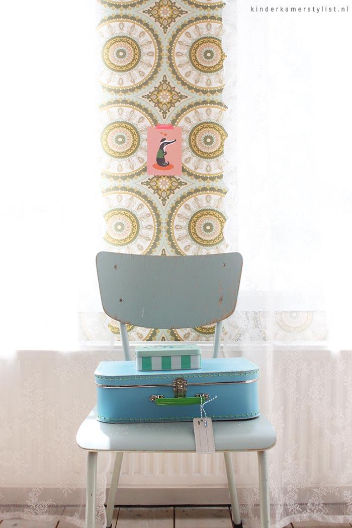 Kinderkamer Hout Behang : Landelijke kinderkamer en babykamer ...