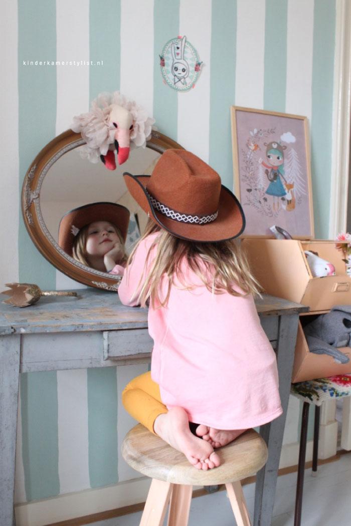 Make up tafel kinderkamer kinderkamerstylist - Meisjes kamer jaar ...